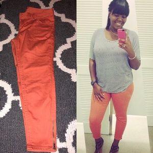American Rag Ankle Jeans w/ Zipper - Worn Once